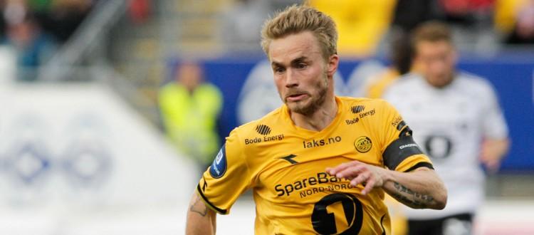 Bodø Glimts Trond Olsen ofret alt i sluttminuttene av eliteseriekampen mellom Bodø/Glimt og Rosenborg på Aspmyra Stadion. Kampen endte 1-0. Foto: Mats Torbergsen / NTB scanpix